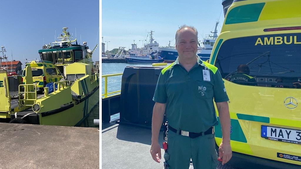 en manlig ambulanssjuksköterska står framför en ambulans på en båt i hamnen.