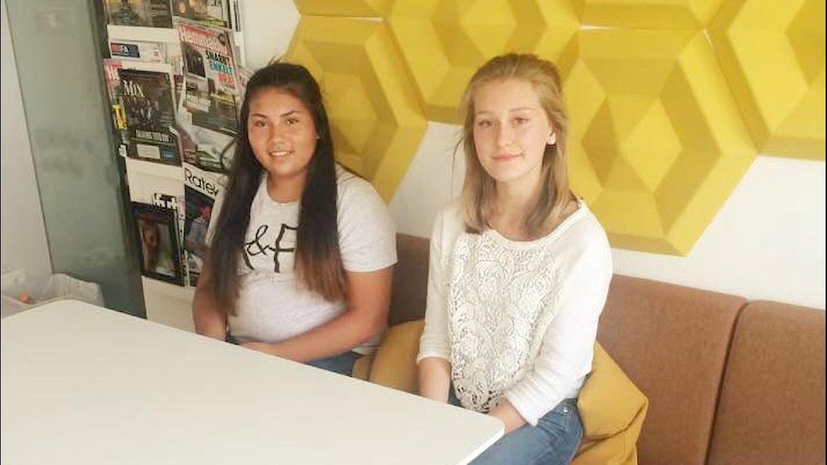 Aliina ja Gabriela foto: Noona Ensani/Sveriges Radio