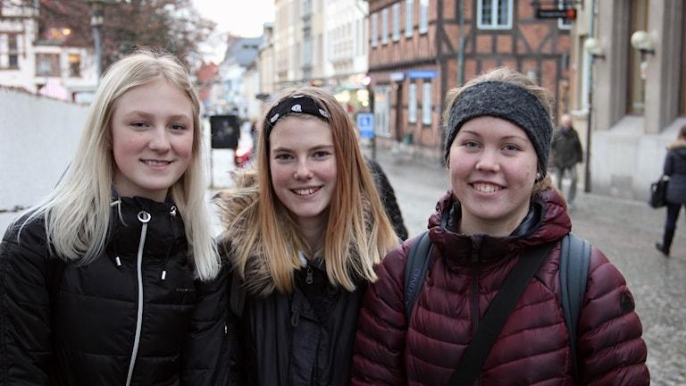 Hanna Blomkvist, Lovisa Wahlfried Wikingsson och Ellen Matsson