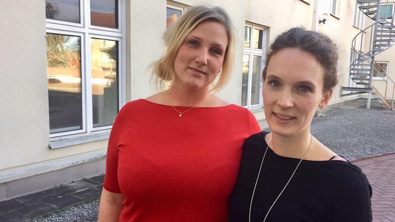 Caecilia Paradis och Gabriella Nilsson som åker till Nepal för att volontärarbeta.