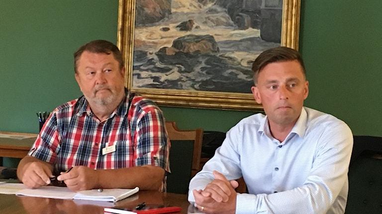 Magnus Widen, kommundirektör och Peter Berglin, vd Miljö & Teknik.