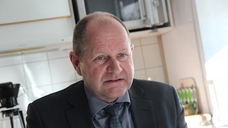 En porträttbild på Dan Eliasson, rikspolischef