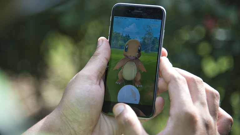 Pokémon GO på en mobiltelefon.