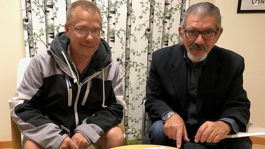Niklas Oscarsson och José Espinoza från Dyslexiförbundet.