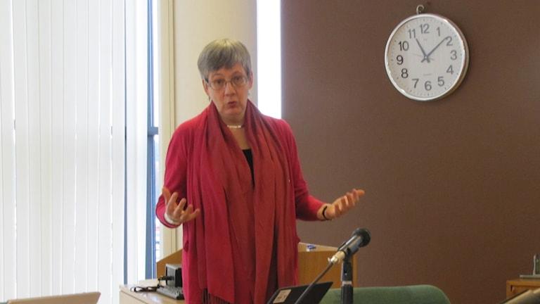 Christina Jakobsson på en presskonferens. Foto: Carina Melin/Sveriges Radio
