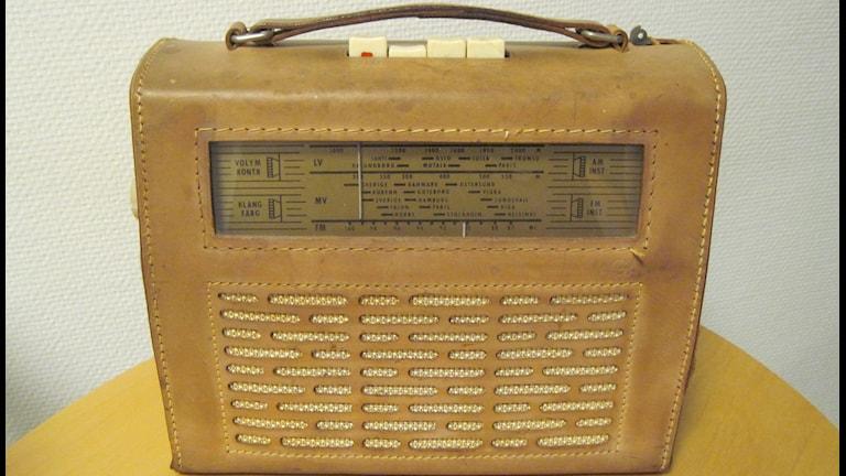 Äldre radioapparat. Radioapparat Foto: Ingrid Elfstråhle/Sveriges Radio