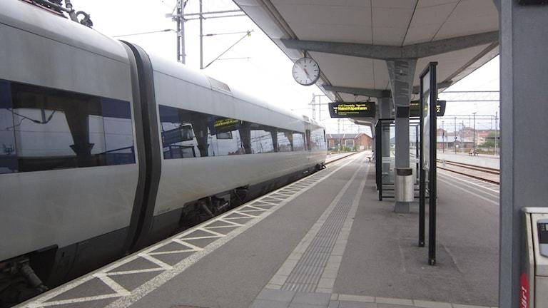 Karlskrona tåg järnvägsstation spår. Foto: Carina Melin/SR