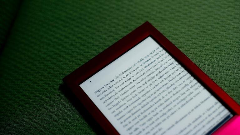 En e-bok på en läsplatta. Foto: Pontus Lundahl/TT