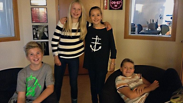 Oskar Byggeth, Märtha Lindström, Klara Lindegren och Ville Sjöblom som ska vara med i Retorikmatchen