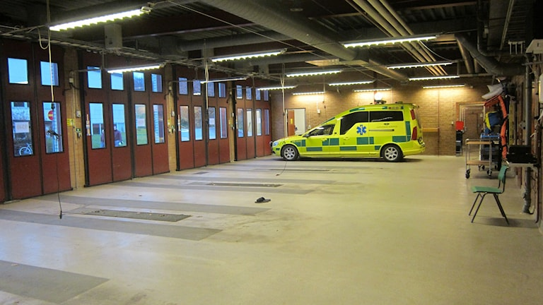 interiör ambulansgaraget Karlshamn. Foto: Carina Melin/Sveriges Radio