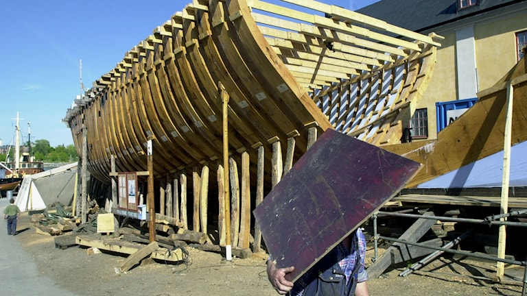 båtbygge med plywood