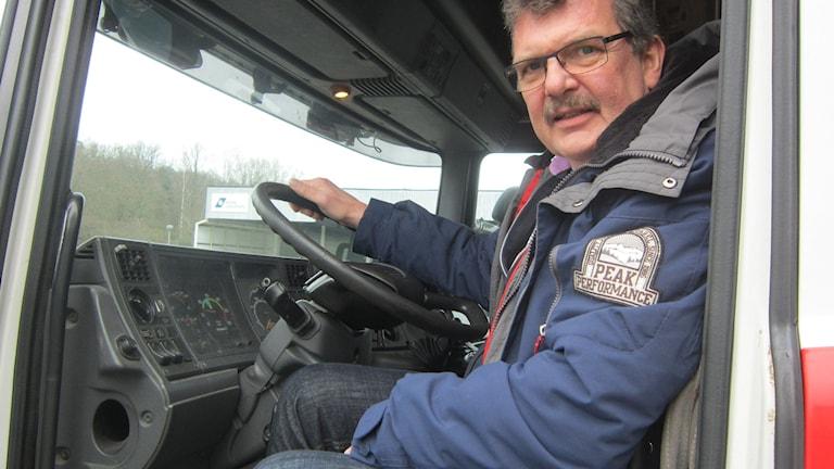 Åkaren PG Persson hoppas att regeringen ska ta bort skatten på biodiesel