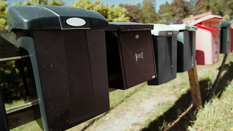 Flera brevlådor på rad. Foto: Fredrik Persson/TT.