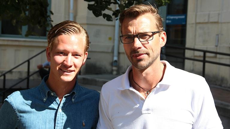 Föreläsaren Charlie Eriksson och läraren Henrik Jonsson. Foto: Mikael Eriksson/Sveriges Radio