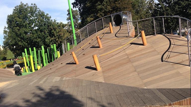 Den nya lekplatsen i Hoglands Park.