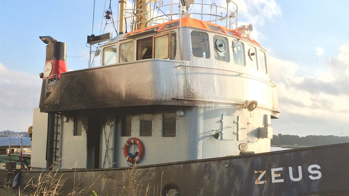 Bogserbåten som brann. Foto: Lena König/Sveriges Radio