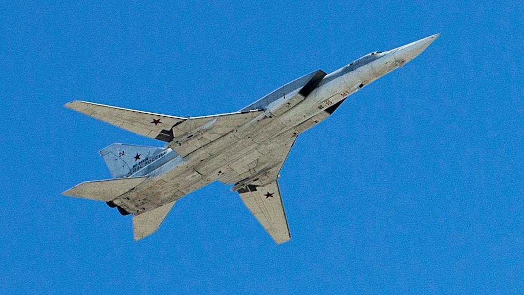 Ett ryskt plan av modellen Tu-22M3. Foto: Pavel Golovkin/TT.