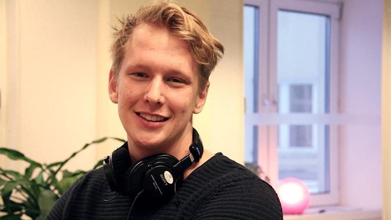 En porträttbild på Philip Landenstad. Foto: Stina Linde/Sveriges Radio.