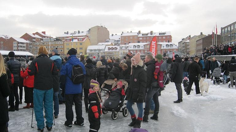 Publik, ishockey, Örlogsstadens HK, Borgmästarfjärden, Karlskrona. Foto: Carina Melin/Sveriges Radio