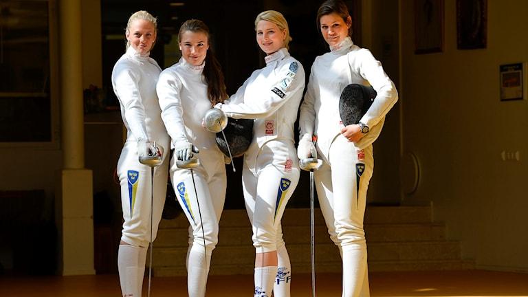 Svenska damlandslaget i värja siktar mot OS i Rio 2016. frv: Sanne Gars., Emma Wenne, Johanna Bergdahl och Kinka Barvestad.