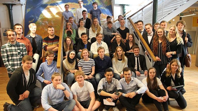 Alla elever som gjort gymnasiearbeten som ska visas på unga forskares finalvecka i Stockholm.