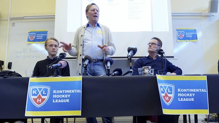 Leif R Carlsson under pressträffen om en svensk KHL satsning.