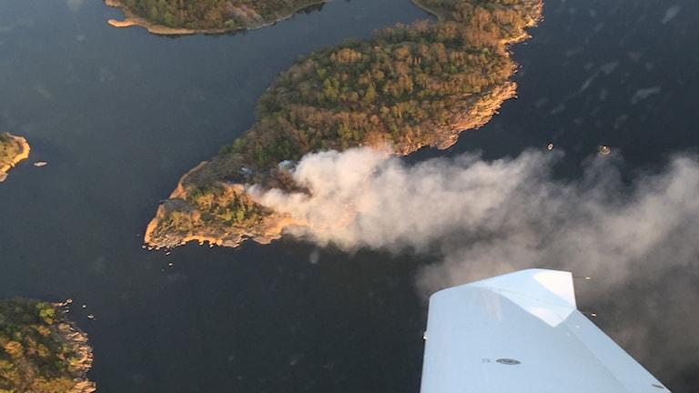 Flygbild över branden.