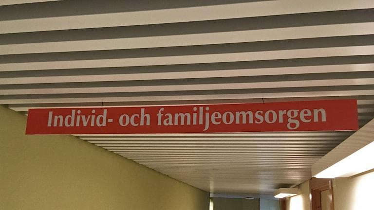 Individ och Familjeomsorg.