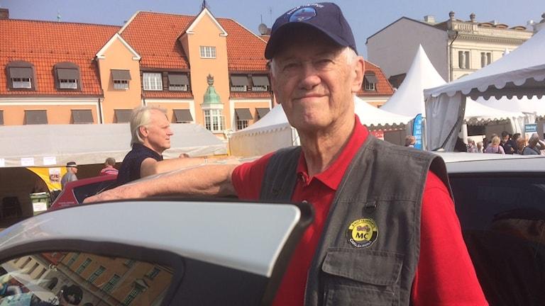 Ingemar Fredriksson körde buss i september 1963 under högertrafikomläggningen.