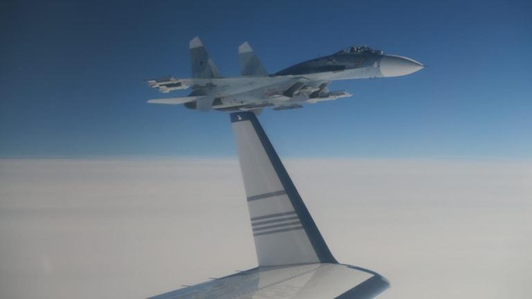 Rysk SU 27 nära svenskt signalspaningsflygplan