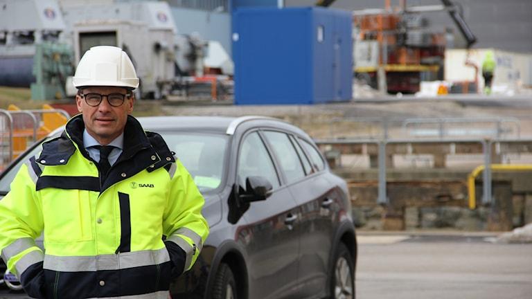 Ulf Kristersson fotograferad på Saab Kockums varv i Karlskrona