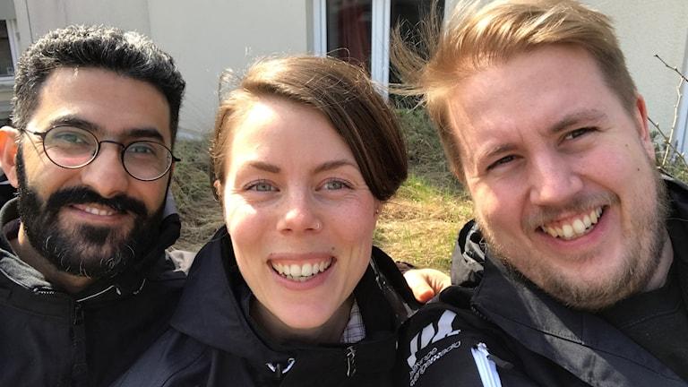 Mansoor Yousufzai, Stina Linde och Anders Lundqvist ser glada ut.