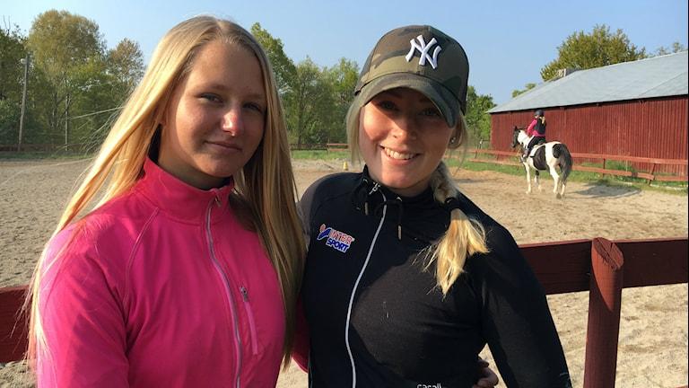 Jonna Petersson och Lisa Nielsen har haft ridskolan som sitt andra hem.