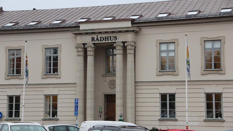 En bild på rådhuset i Karlshamn