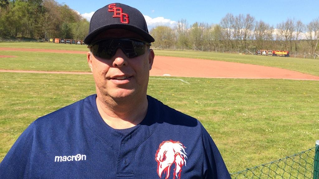 Karl Knutsson coach i Sölvesborg Firehawks