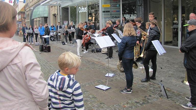 Många lyssnade på Karlshamns musikskola.