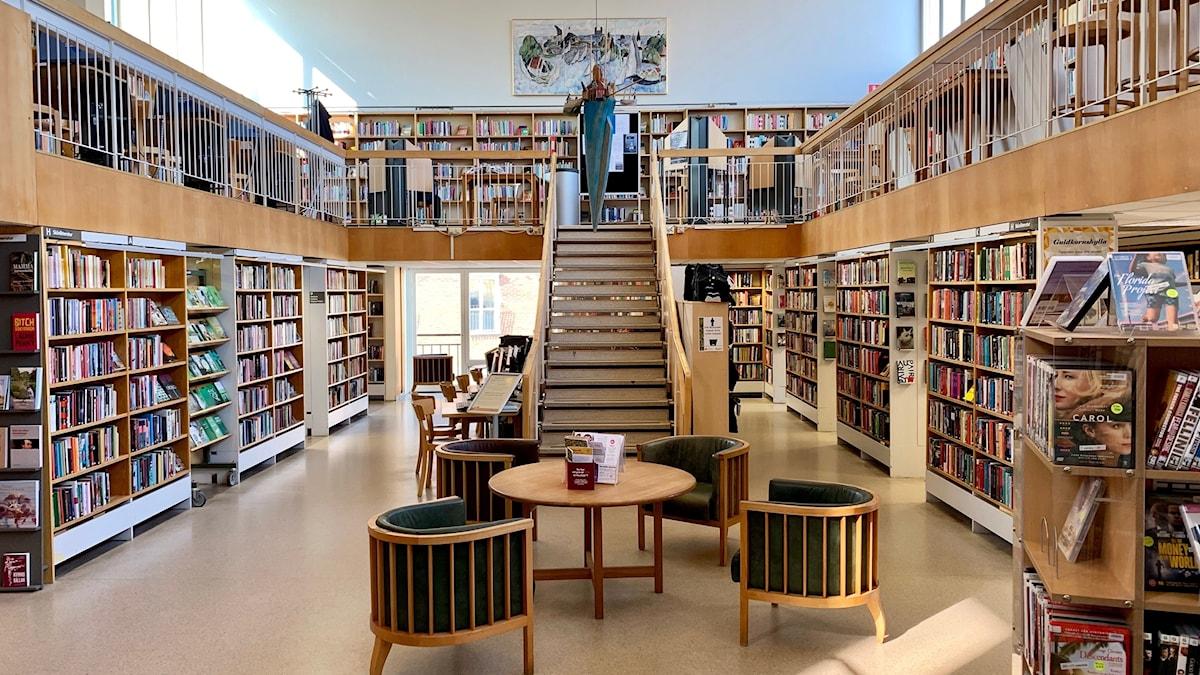 Stadsbiblioteket i Karlskrona interiör.