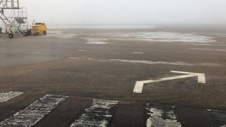 Dimma på landningsbanan.