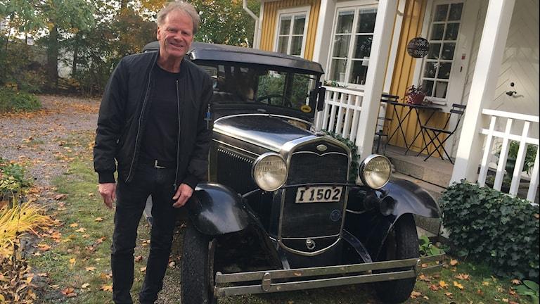 Kristian Althini med familjens A Ford, känd från Pippifilmerna.