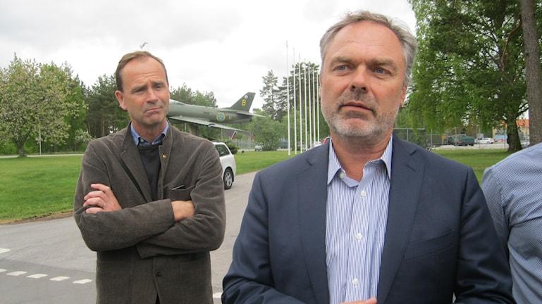 Allan Widman (L) ordförande i försvarsutskottet och Jan Björklund partiledare Liberalerna.