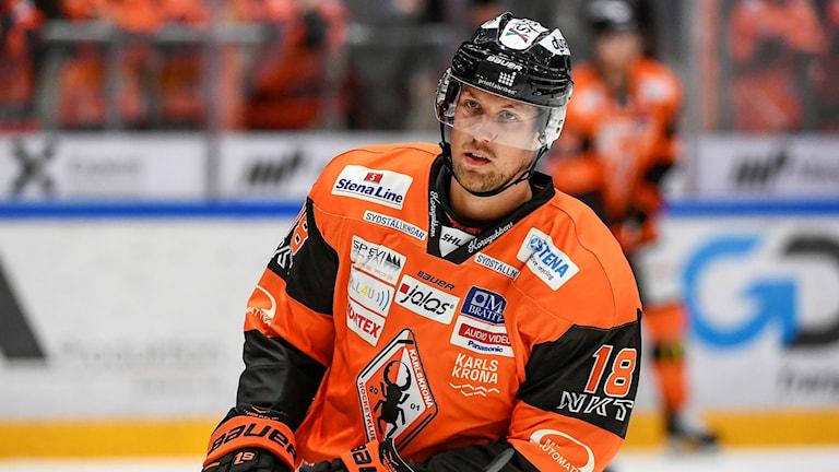 Emil Larsson, spelare Karlskrona
