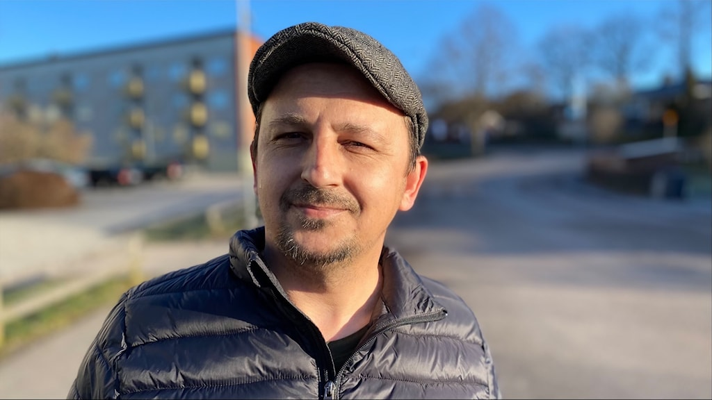 Edvin Rahmanovic som är ordförande för romers och Resandes Förening i Bleking