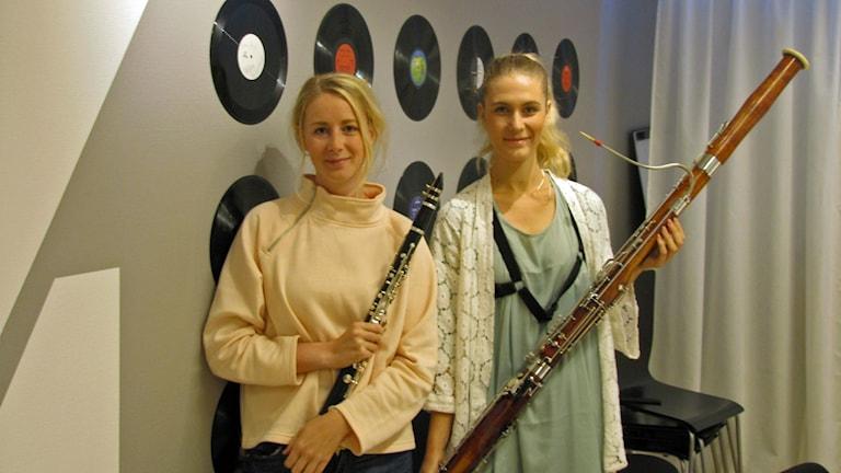 Olivia & Lydia vill lyfta fram instrumenten klarinett och fagott.