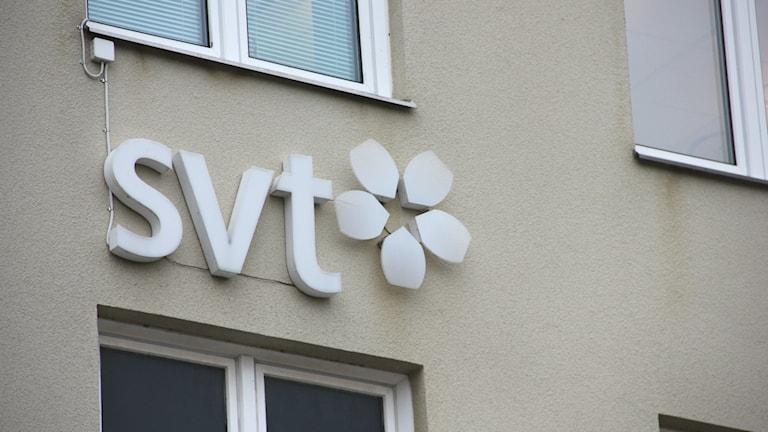 SVT-skylt på en fasad