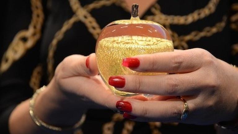Lärarpriset guldäpplet.