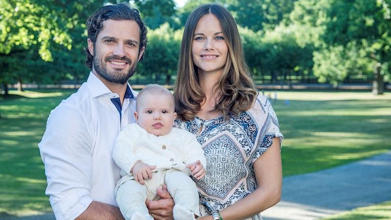 Prins Alexander är son till prins Carl-Philip och prinsessan Sofia.