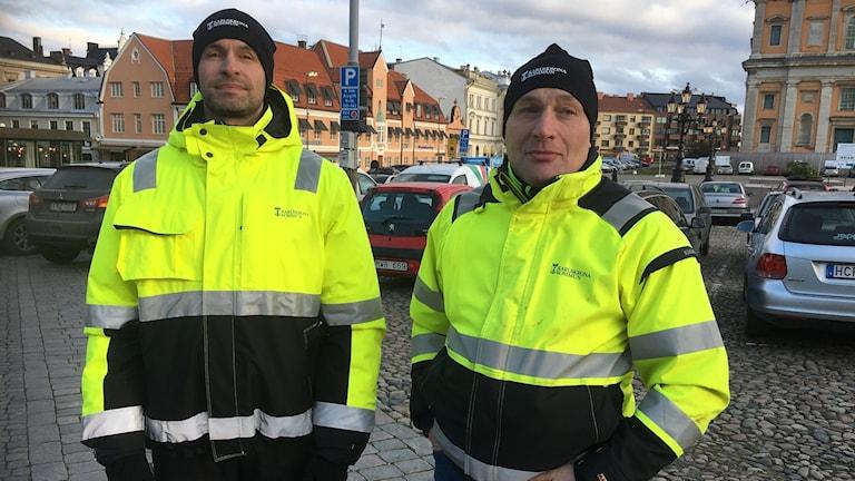 Trafikingenjörerna Andreas Steinbach och Johan Lind.