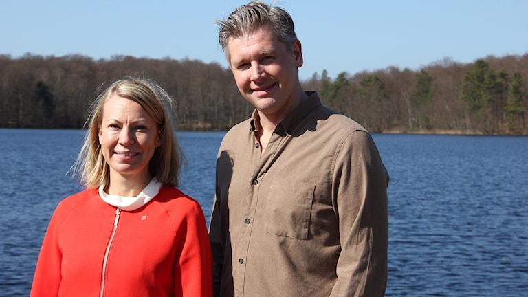 Kommunalråd Sara Rudolfsson (S) och projektledare Philip Wägbo