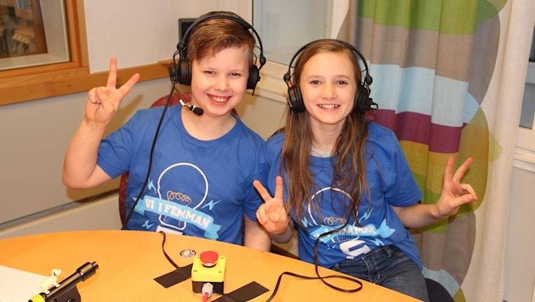 Malte Gamelius och Sigrid Tyrberg i Karlskrona Montessoriskola.