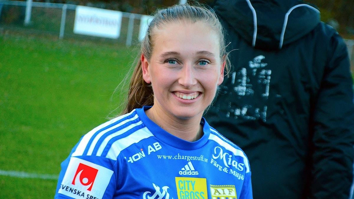 Lova Hnasson